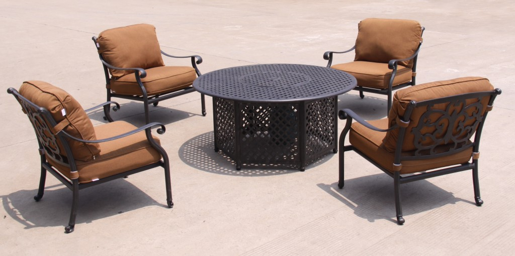 Ariana burlington toronto ontario arctic spas burlington for Patio furniture covers toronto